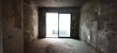 急售龙泊湾东边户3室2厅1卫113m²毛坯房 三小二中体育馆