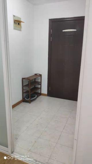 出租(城东区域)广进久富1室1厅1卫20平简单装修
